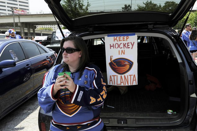 Thrashers fans still unhappy about team leaving for Winnipeg