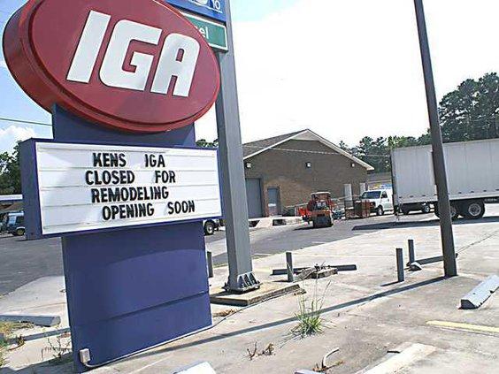 0716 Kens IGA sign