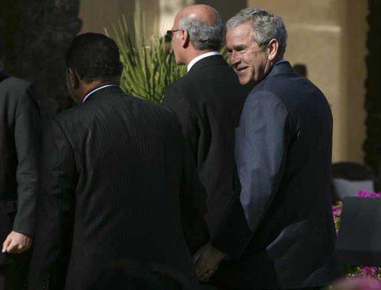 Egypt US Bush Midea 5886174