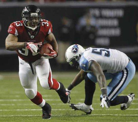 Titans Falcons Footba Heal