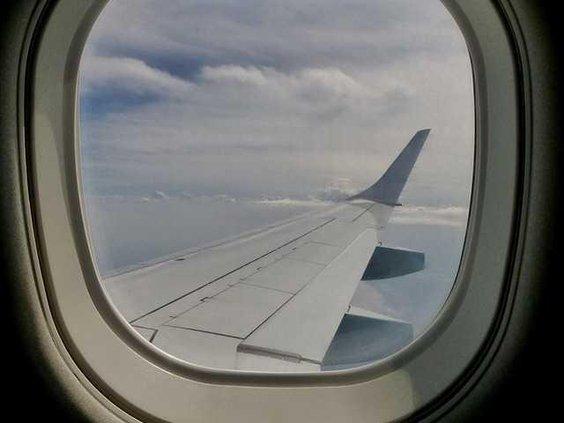 W window-883065 1280