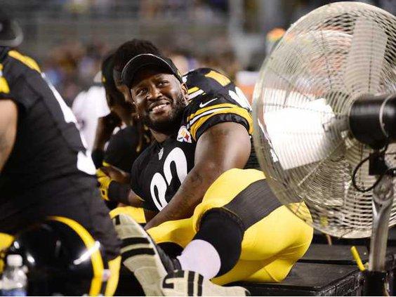 Eagles Steelers Footb Heal WEB