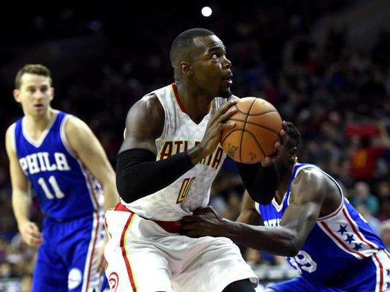 Hawks 76ers Basketbal Heal WEB