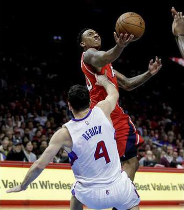 Hawks Clippers Basket Heal WEB
