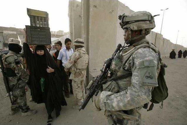 Iraq Inside the wal 5275781