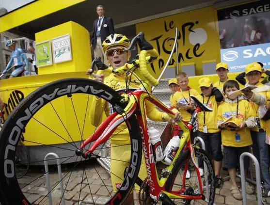 TOUR DE FRANCE CYCL 6474522