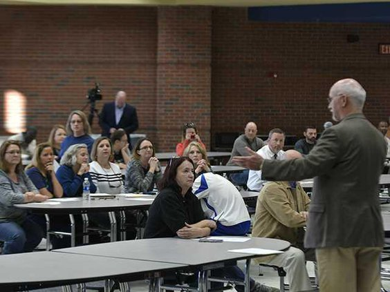 W 031318 SCHOOL SAFETY MEETING 01