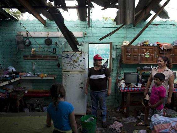 W APTOPIX Mexico Tropic Ledb