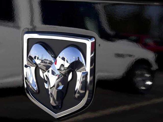 W Chrysler Heal