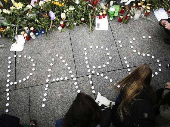 W France Paris Attacks  Ledb