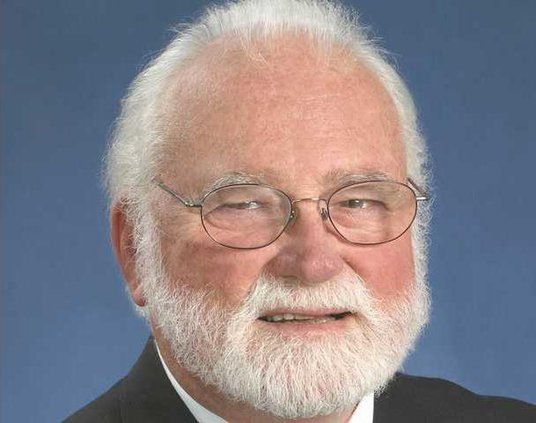 W Karl E. Peace