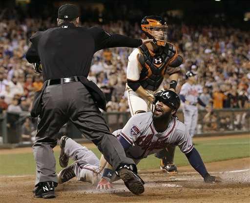 APTOPIX Braves Giants Heal