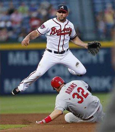 Cardinals Braves Base Heal WEB