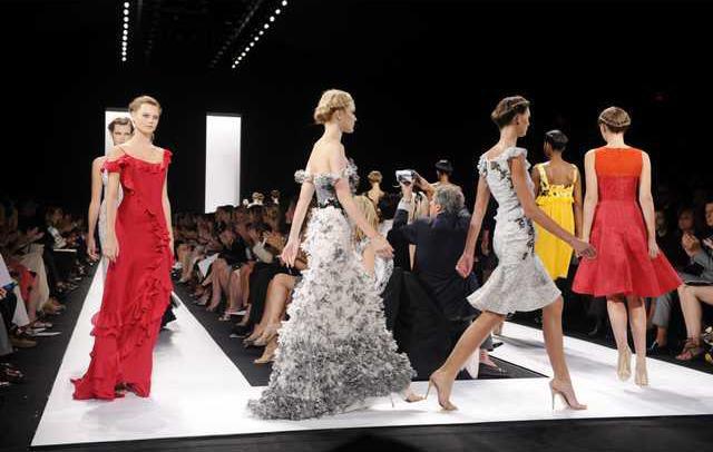 Fashion Week Skinny 7065827
