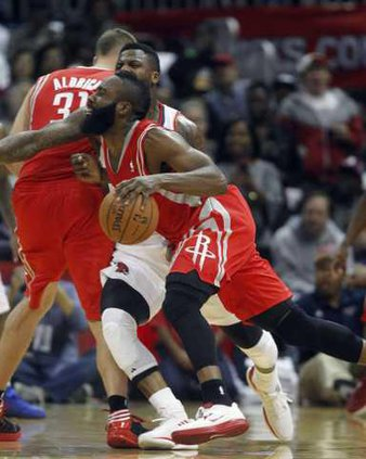 Rockets Hawks Basketb Heal