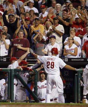 Braves Phillies Baseb Heal