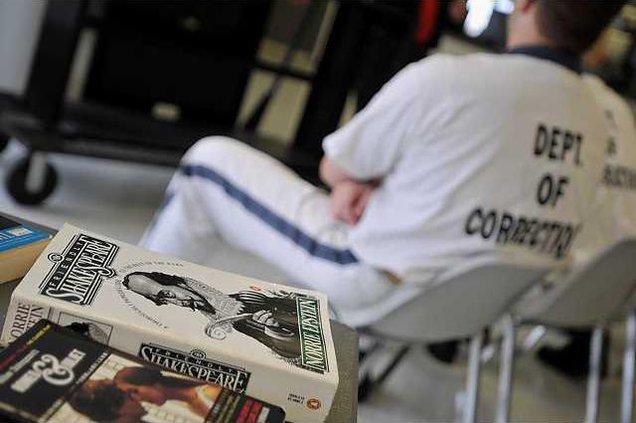 081811 PRISON SHAKESPEARE 01 web