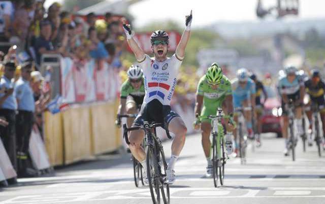 Cycling Tour de Franc Heal 3
