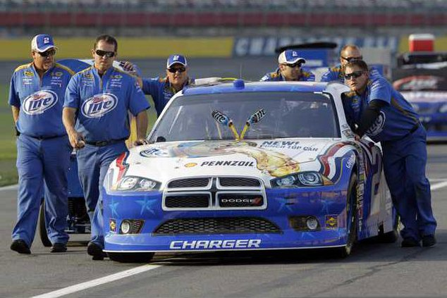 NASCAR Running For Pe Heal