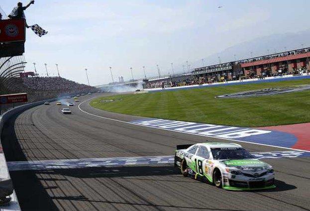 NASCAR Fontana Auto R Heal