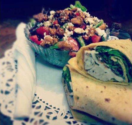 W DG Wrap  Salad