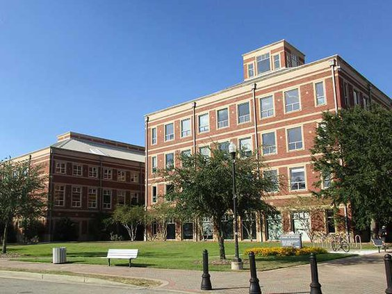 W GS College of Ed