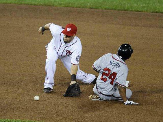 W Braves Nationals Base Heal