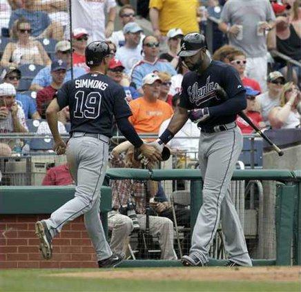 Braves Phillies Baseb Heal WEB