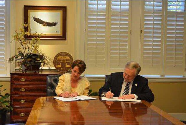 GSU-OTC signing