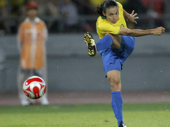 W World Cup Marta Socce Heal