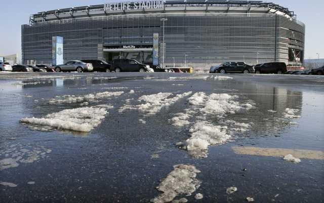 Super Bowl 2014 Snow  Heal