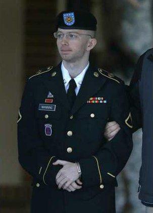 Manning WikiLeaks Werm