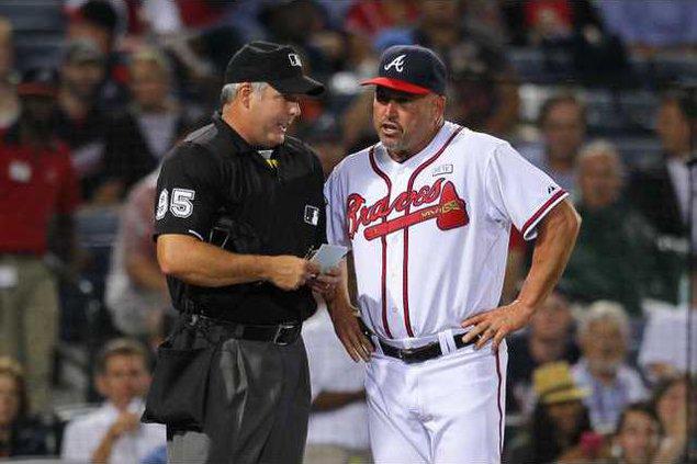Nationals Braves Base Heal 1