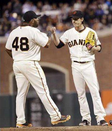 Braves Giants Basebal Heal WEB