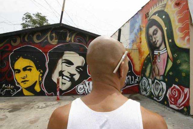 Graffiti Attacks LA 6476917