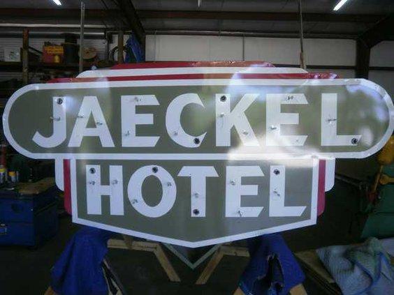 W Jaeckel