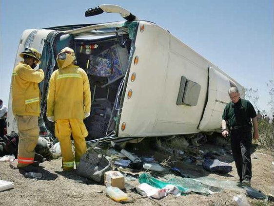 Bus Crash LA106 7464916