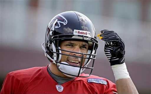 Falcons Gonzalezs Foo Heal WEB
