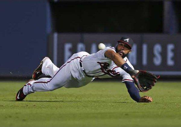 Phillies Braves Baseb Heal 1