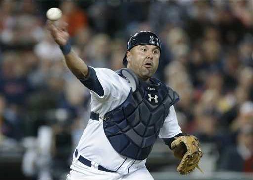 Braves Laird Baseball Heal