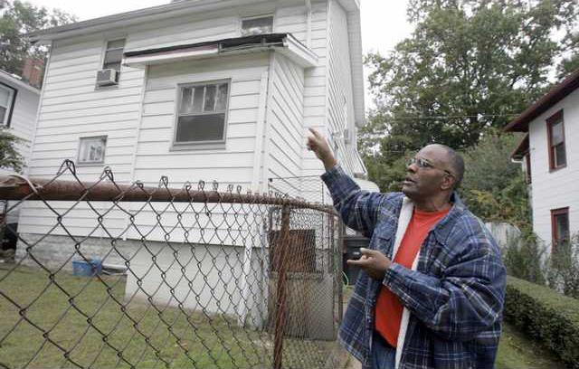 Foreclosure Shootin 5816997