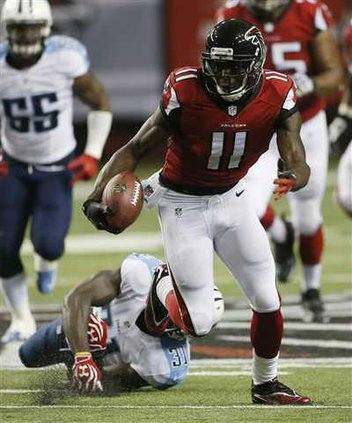 Titans Falcons Footba Heal WEB