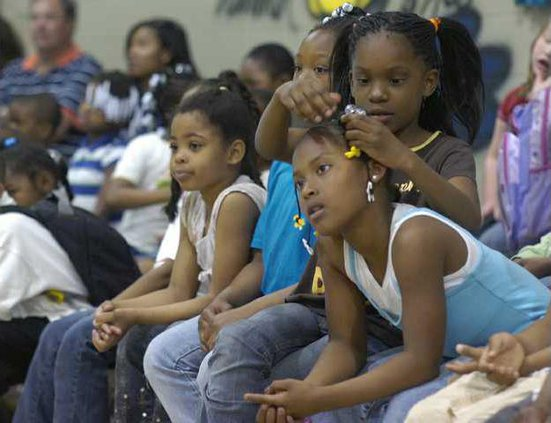 w BOYS  GIRLS CLUB 3