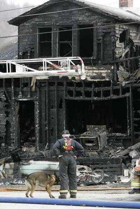 Fatal Fire PAKS105 5299849
