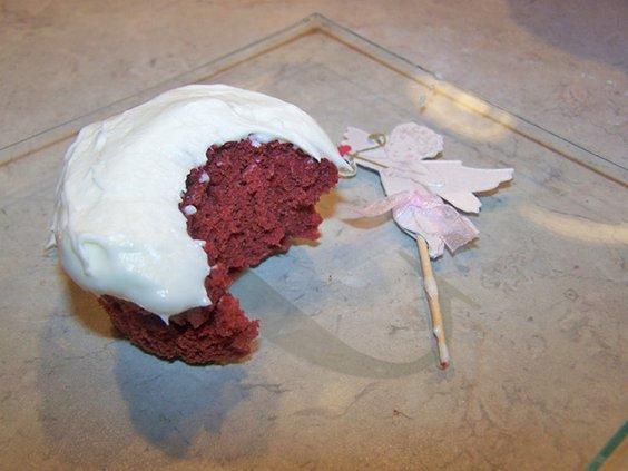 W Red Velvet Cupcakes.jpg