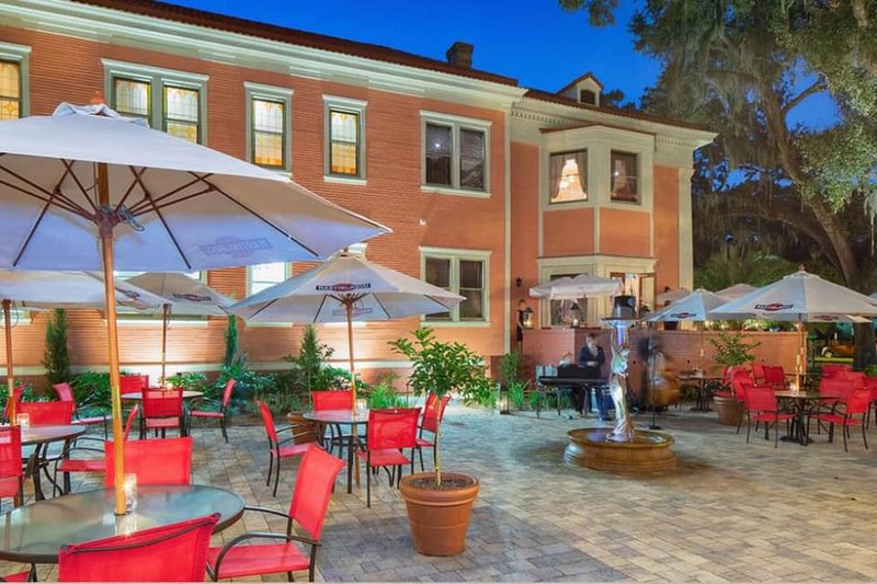 The spacious gardens of La Scala will provide plenty of room for social distancing during New Year's Eve celebrations.