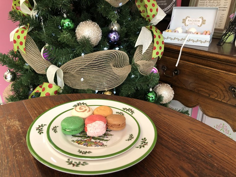 The Christmassy treats at Marché de Macarons.