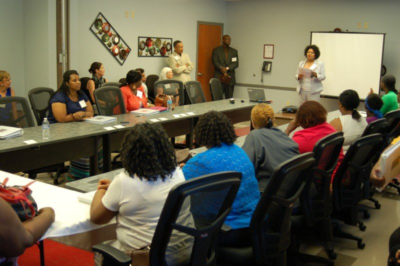 Carolyn Eiland, ANP-BC, CRI Life Enhancement Program Core Team Lead and Director of Clinical Services at Curtis V. Cooper Primary Health Care, introduces participants to the content of the 12 sessions that includes topics that cover mind, body, spirit, and emotion.