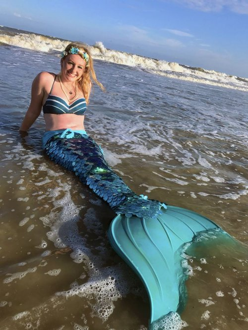 Tybee Mermaid welcomes merfriends to her home shore.
