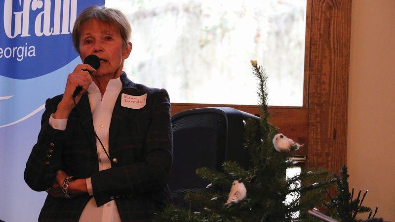 Laura Devendorf speaks on behalf of conservation of Springfield Plantation.